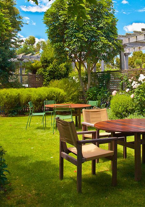 Lawn_Garden
